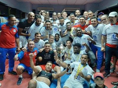 Un exDT de Cerro campeón con Olimpia de Honduras