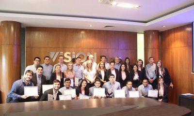 Por un Paraguay más solidario, distinguen a voluntarios por su día