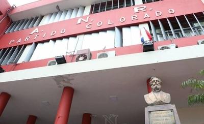"HOY / Elecciones juveniles de la ANR en ""incertidumbre total"""
