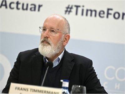 """Timmermans urge a traducir en medidas el """"masivo apoyo"""" a la lucha climática"""