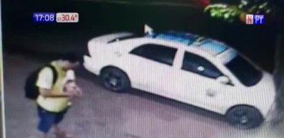 Se robó un taxi de la parada