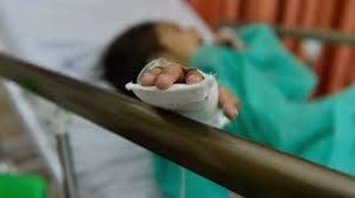 HOY / Niño de dos años pierde parte del dedo tras explotar petardo