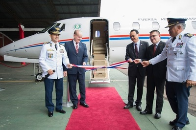 China – Taiwán donó aeronave a la Fuerza Aérea Paraguaya