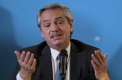 Peronista de centroizquierda Alberto Fernández jura como presidente  de Argentina