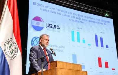 El uso eficiente de recursos es clave para avanzar hacia políticas de desarrollo, afirma ministro