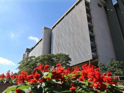 La economía paraguaya crecerá 4,1 % en el 2020, según el Banco Central. Este año se ubicó en 0,2%