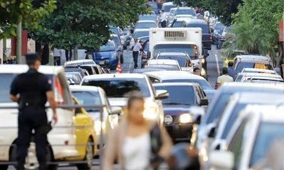 Asunción anuncia implementación de licencias de conducir digitales con chips
