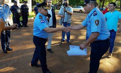 """Policía recibe reconocimiento por su """"destacada intervención"""""""