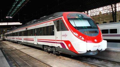 Dos empresas extranjeras estarían interesadas en el tren de cercanías
