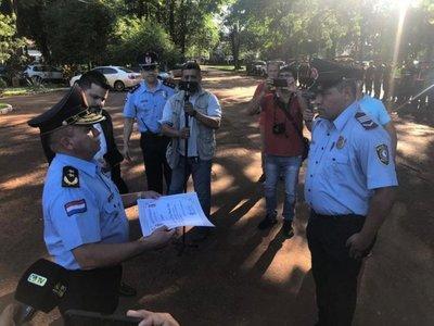 CONDECORAN A POLICÍA QUE MATÓ A MOTOCHORRO