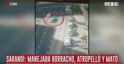 Conductor arrolla a varios peatones y mata a tres