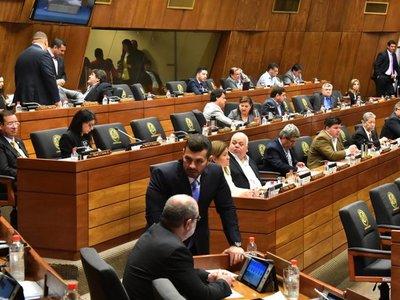 Diputados actualizan ley que persigue al lavado de dinero