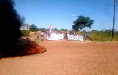Finalizan  protesta tras acuerdo con EBY