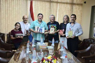Senado donó 105 libros a las Bibliotecas Callejeras