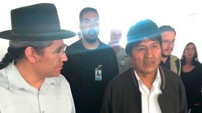 Evo Morales está en la Argentina: vivirá en el país como refugiado político