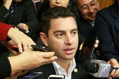 Otra ausencia de Ulises Quintana puede ser motivo de expulsión de su banca