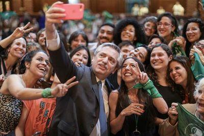 Nuevo Gobierno argentino anuncia la flexibilización del aborto no punible