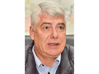 Wiens firmó contrato y ruta costará USD 2 millones más