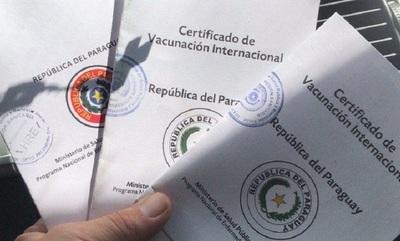 Recuerdan que es obligatorio vacunarse contra Fiebre Amarilla para viajar a Brasil