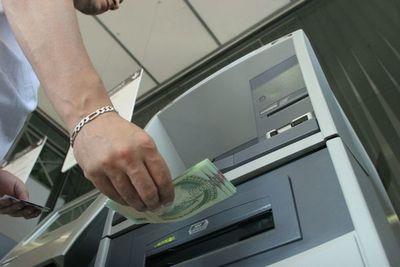 Hacienda inicia hoy pagos de sueldos y aguinaldos para el sector público.