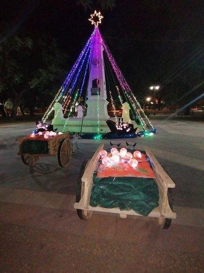 Villeta: Convierten Monumento histórico en arbolito navideño