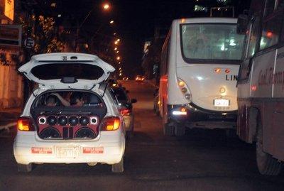 Policía requerirá inversión para intervenir ante casos de polución sonora