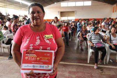 Tekoporã alcanzó a más de 167.000 nuevas familias