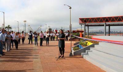 Inauguraron escenario en la playa de Encarnación