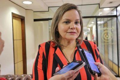 Senadora solicita que elecciones juveniles se realicen lo antes posible