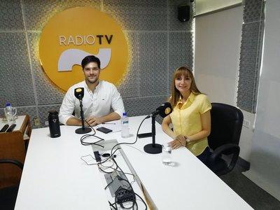 """Bacigalupo: """"Tenemos que ayudar a las Mypimes, volver formal lo informal"""""""