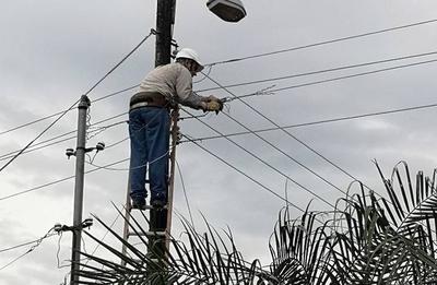 HOY / Temporal deja a gran parte de Asunción y Central sin servicio de ANDE