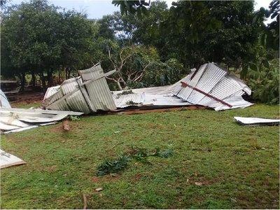 Temporal daña más de 30 casas en Yasy Cañy