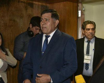 """Armando Gómez compareció ante Comisión Bicameral y ratifica que existe una """"persecución política"""""""