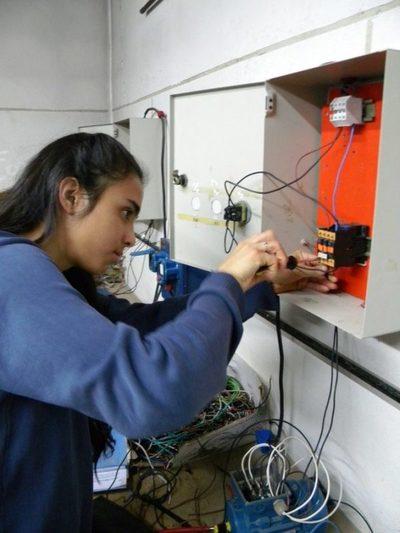 Egresan 261 jóvenes en Técnico Superior del Snpp y Sinafocal