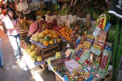 Recuerdan prohibición de venta de pirotecnia en el Mercado 4