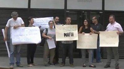 Manifestaciones en la Conacyt, no quieren a empresarios al frente