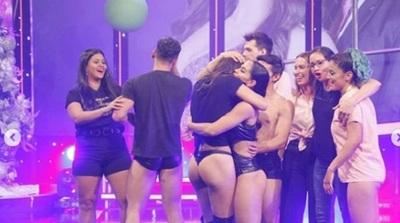 Rocío Adorno la Miss Tanga es la primera finalista del Baila