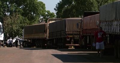 Empresarios portuarios culpan a ANNP de colapso de frontera entre Brasil y Paraguay