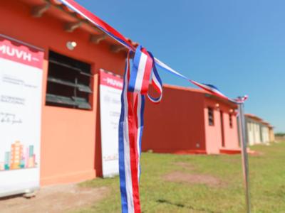 Familias de Itapé acceden a viviendas