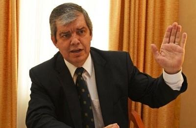 Riera afirma que no quiere ser liderado por corruptos y mediocres