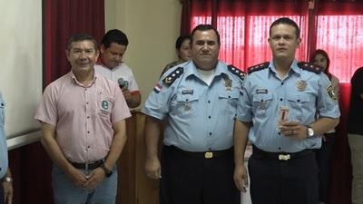 Distinguen a policías y personas que colaboran con la seguridad en el Chaco