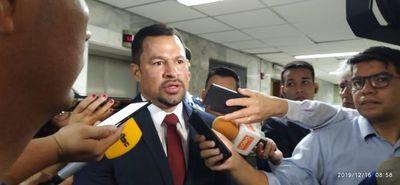 Diputados no trató caso Ulises Quintana por falta de quórum