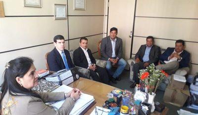 Fiscalía Anticorrupción, informó a concejales que realizaran más diligencias sobre supuesto desfalco en la gestión de Avelino Davalos