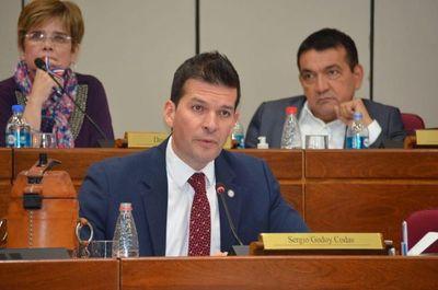 Sergio Godoy cree que se deben eliminar privilegios de ciertos entes para ser justos