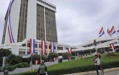 Tras imputaciones nombran a nuevos jefes en la Municipalidad de Asunción