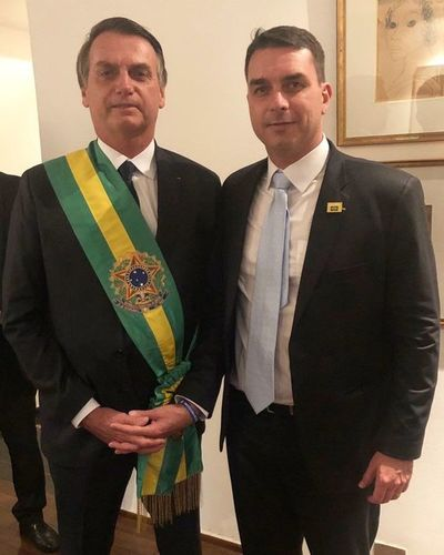Fiscalía brasileña sospecha que hijo de Bolsonaro practicó lavado de dinero