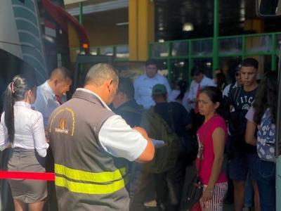 Operativo Fin de Año: Dinatran libera horarios de buses desde este mediodía