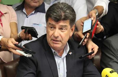 Efraín Alegre negó que el PLRA esté en quiebra