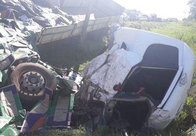 Colisión de  camiones en ruta PY02 deja un muerto