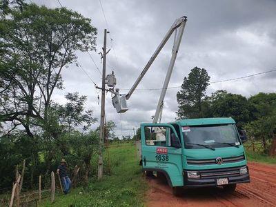 Diversas zonas de Gran Asunción continúan sin luz tras temporal